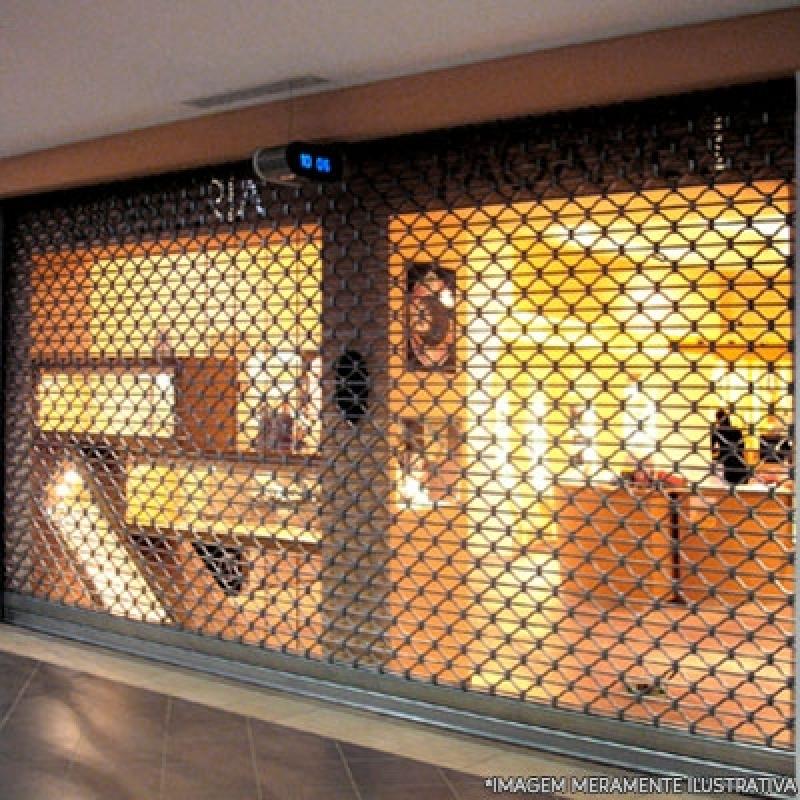 Loja de Porta Comércio Enrolar Baeta Neves - Porta Loja Enrolar