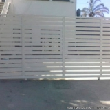 portão automático branco Jardim Bom Pastor